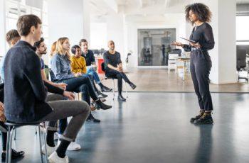Você sabe como escolher o melhor curso para falar em público?