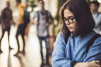 Conheça os 3 tipos de timidez e saiba como vencer esse problema