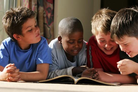 Leitura para Crianças: Como Estimular os Pequenos na Primeira Infância